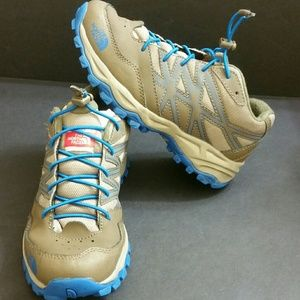 THE NORTH FACE BOYS HIKING SHOES